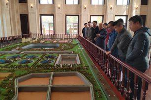 显鸿科技团队到呼和浩特青城智慧水务局开展技术交流